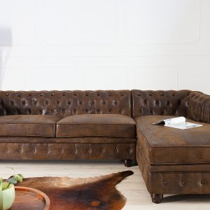 CHESTERFIELD – ANTIK HÖRNSOFFA I BRUNT