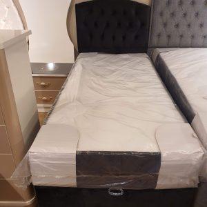 Enkel säng 120×200 sammet med förvaring